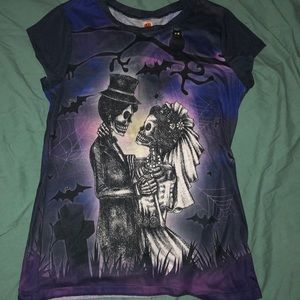 Tops - Spooky gothic skeleton wedding Halloween t-shirt